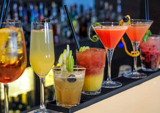 Cocktail and Mocktail, What is the Difference? - Vecamspot